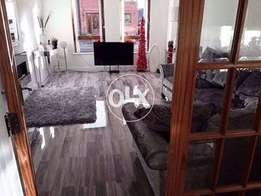 High Gloss Laminated Wooden Floor