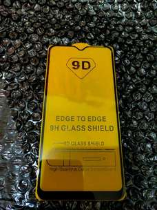 tampered glass full 9D Realme 3