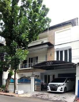 Dijual Rumah Mewah di Tanjung Duren Barat, Jakarta Barat