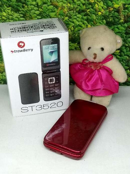 Hp Flip Strawberry St 3520 Bisa Mp3 Amp Bluetooth Harga Murah