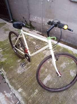 Sepeda Bekas Jual Sepeda & Aksesoris Terlengkap di