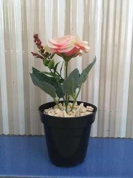 Bunga Mawar Plastik Dijual Dekorasi Rumah Murah Di Indonesia Olx Co Id