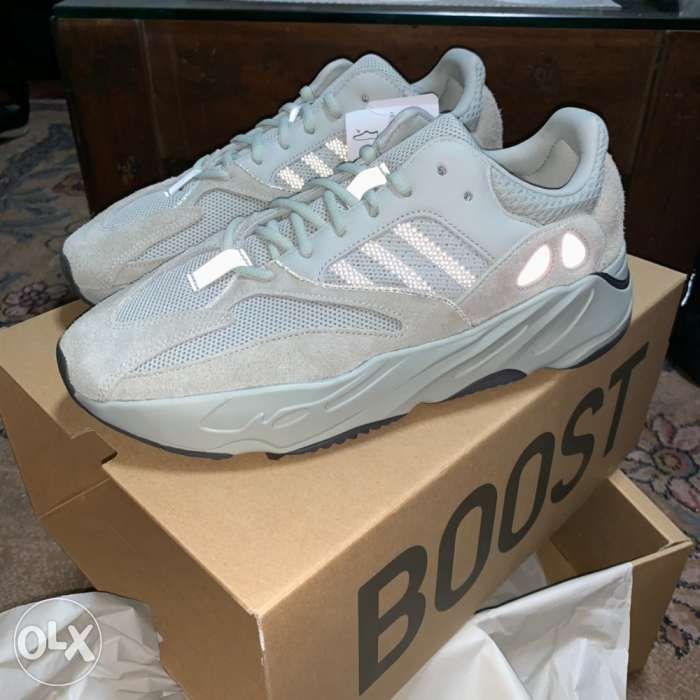 Adidas Yeezy 700 salt 10.5 in Manila f2ffc9294