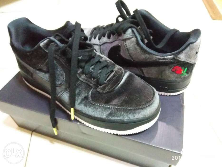 new product 768d2 9d65c Nike Air Force 1 07 QS Satin with Rose Limited ...
