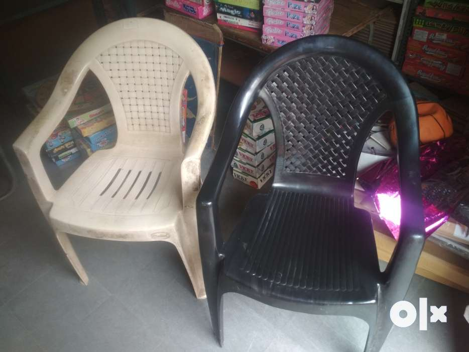 2 branded and strong plastic chairs no damage hyderabad