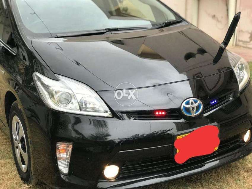 Toyota Prius G S Grade Top Of The Line 0