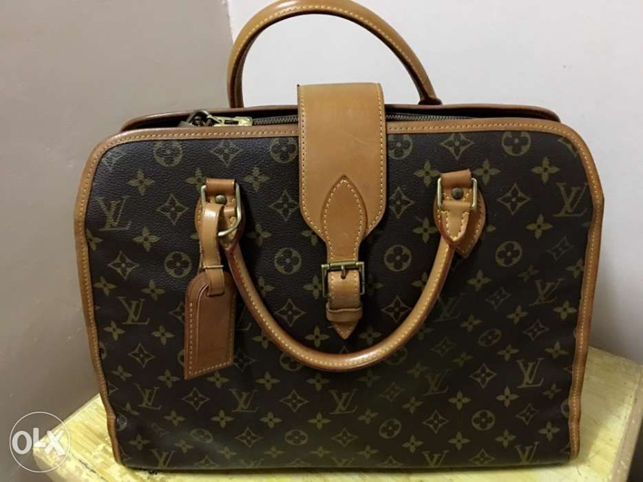 e35b969a2470 For Sale Original Louis Vuitton Bag in Muntinlupa