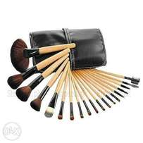 Pack of 24 Boby Brown Make Up Brush