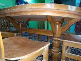 peak wood Dining Table With 6 Chairs unused. good condition