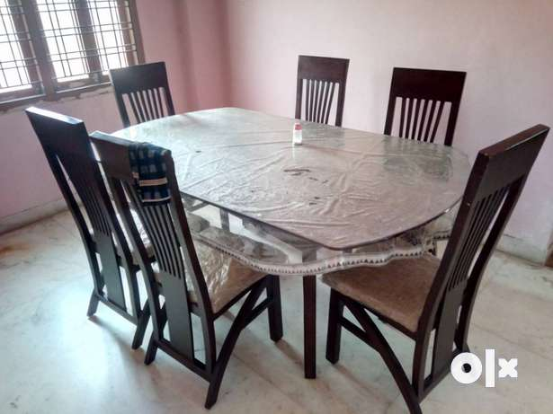 Rectangular Brown Wooden Table With Six Chairs Dining Set  : images644x461inslot1filenameuy29bygnuvme IN from www.olx.in size 615 x 461 jpeg 29kB
