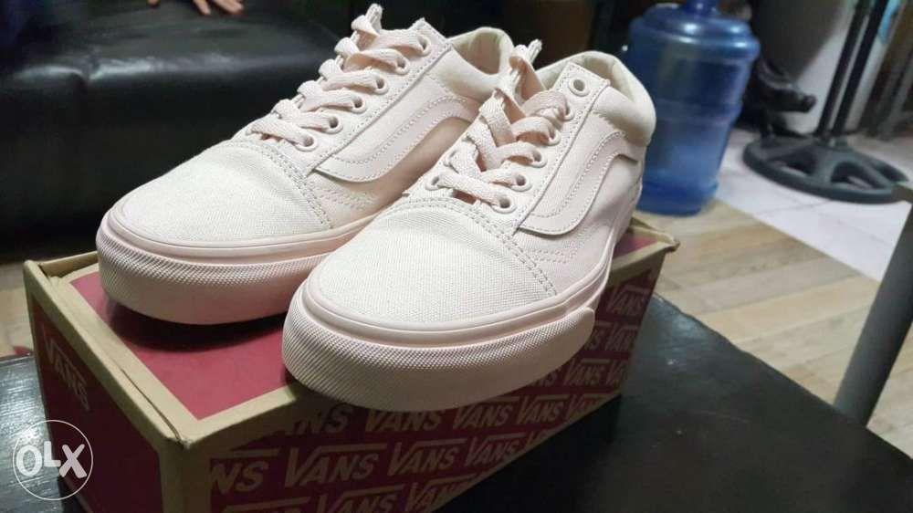 9955e5fa50c1 Vans Old Skool Peach Blush Mono Canvas in Manila