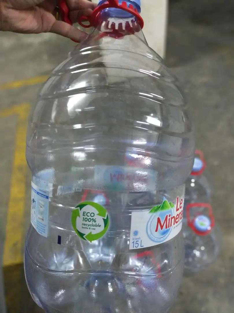 Galon 15 Liter Le Mineral Perlengkapan Usaha 809057590