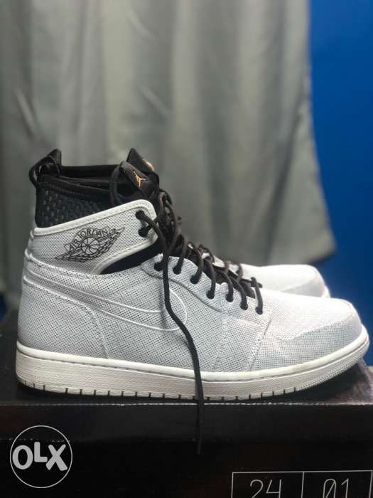 624ff2a330dc Nike Air Jordan 1 Retro OG white in Manila