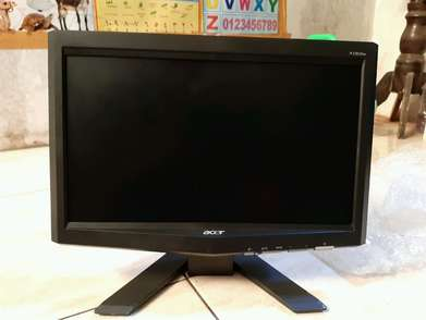 monitor acer 16 inc