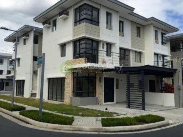 for sale townhouse in quezon city 3 bedroom 5 down payment move in