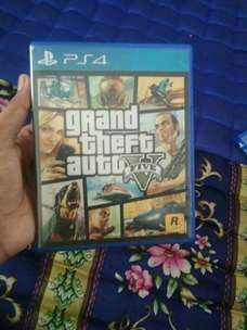 jual kaset ps 4 gta v+map