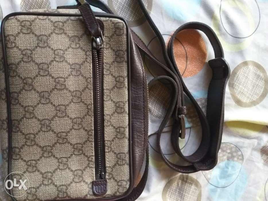 240b18c35a0 Gucci sling bag (ORIGINAL) in Makati