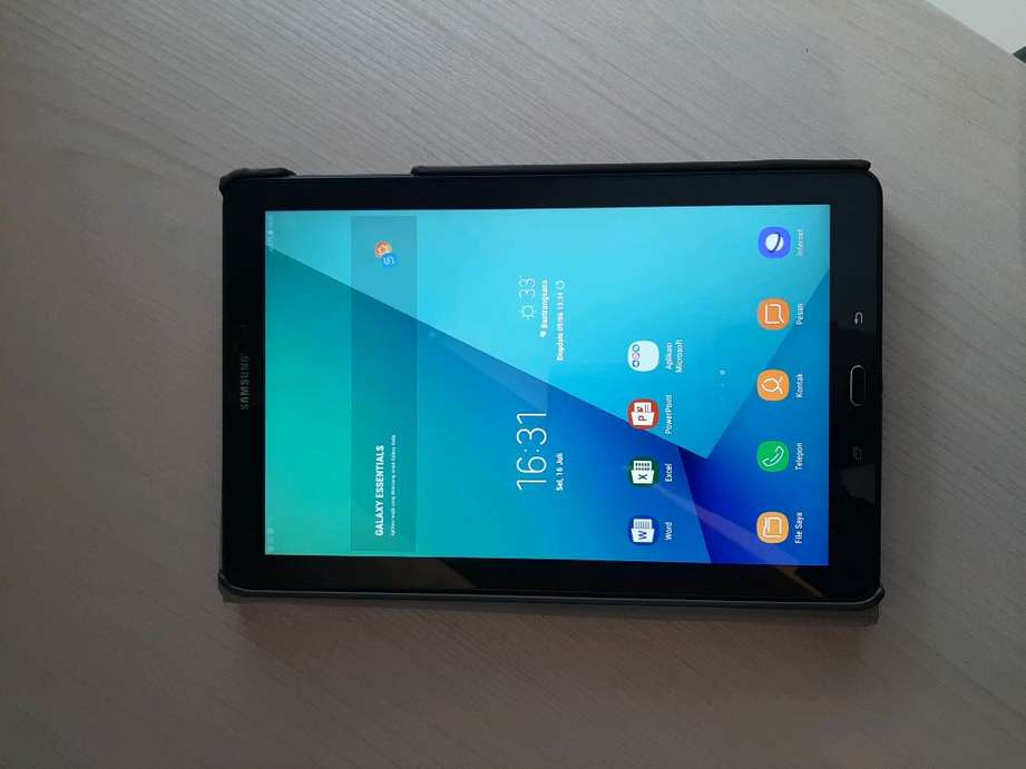 Samsung Tab A 2016 10 inc with s pen