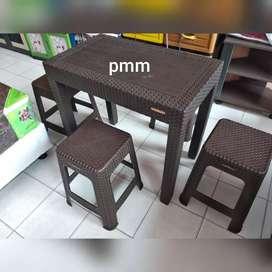 62 Kursi Plastik Cafe Harga Gratis