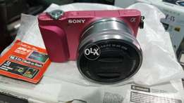 Sony NEX 3N with 16-50mm Lens (Brand New) Discount Offer