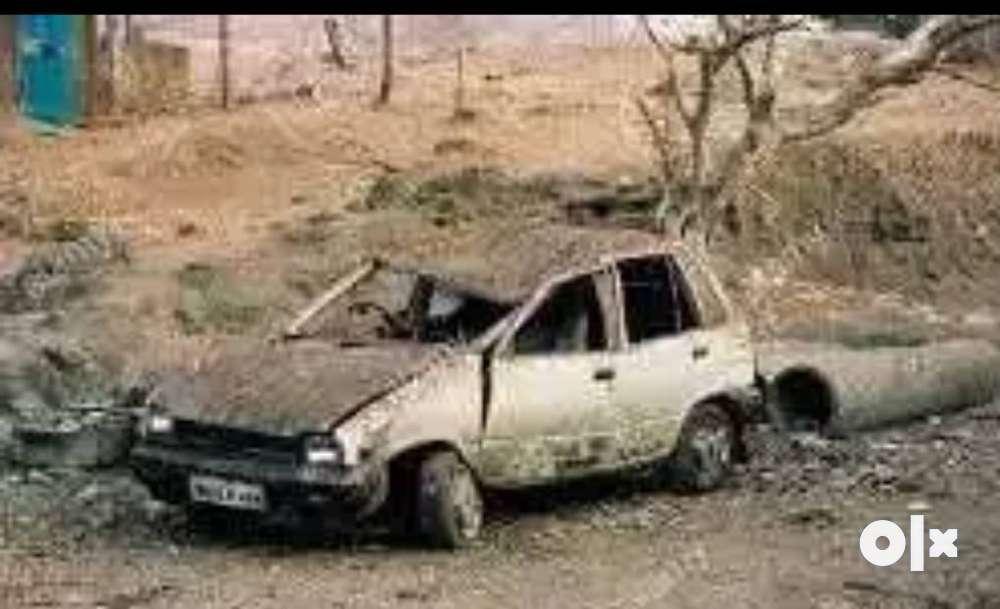 Damaged n burn car buyers .. we buy old scrap - Thane - Cars - Mumbra