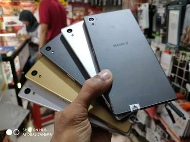 Sony xperia Z5 single