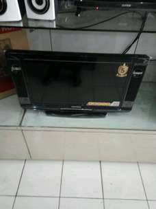 LED tv monitor polytron 24 model tabung