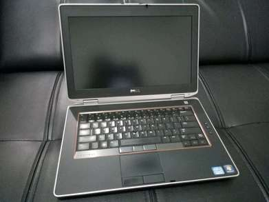 Laptop DELL Latitude E6330 *Core i5 Gen3 *Ram 4GB/320GB (Bergaransi)