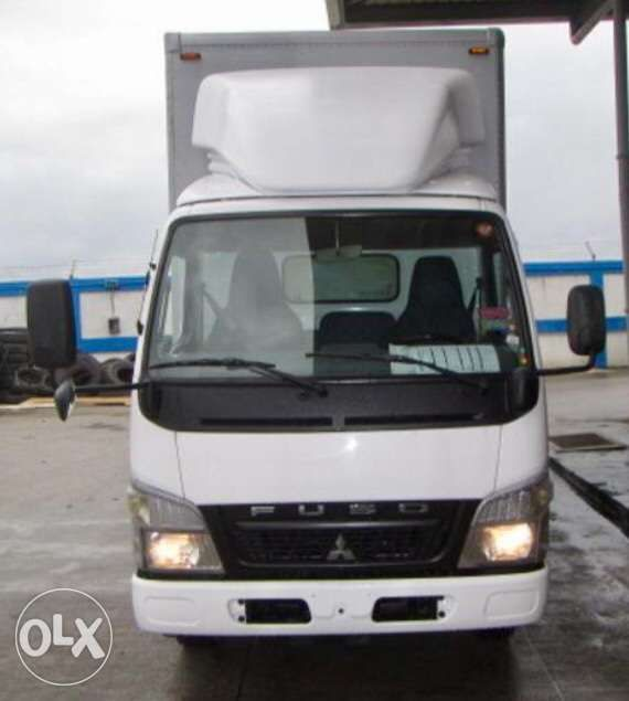 a2c5926b16 Mitsubishi Fuso Canter 14ft Narrow Aluminum Closed Van with Lifter ...