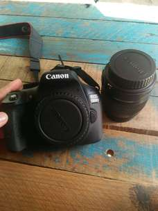 camera canon 1300D bisa nego