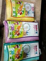 Imported baby diapers pampers with cotton back sheet and magic tape