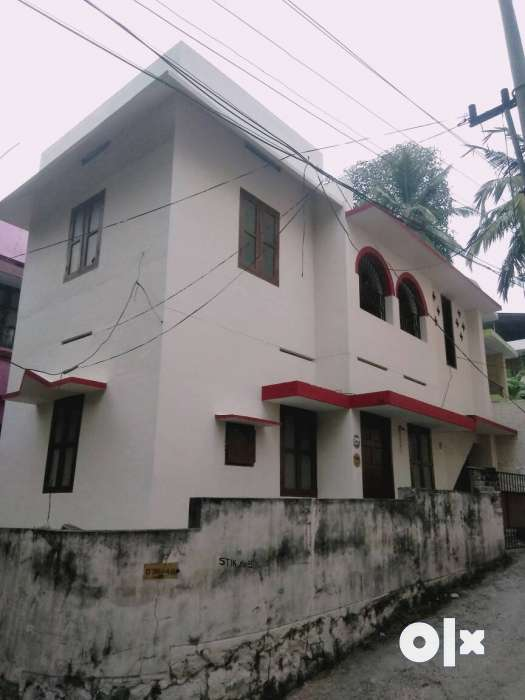 Two floored house with 2 bath attached and 1 Kowdiar, Thiruvananthapuram