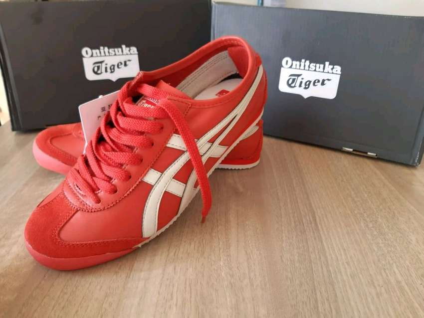 new product f2469 ac157 Onitsuka tiger merah putih /baru - Fashion Pria - 539101290