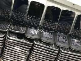 Black berry bold 4 cash on deleivery all over pakustan