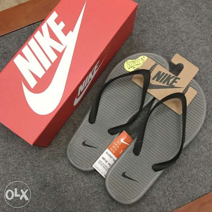 17746d57f ... AUTHENTIC Nike Solarsoft Thong II Black Cool Grey Flip Flops for Men ...