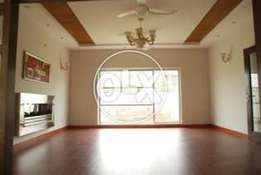 1 Kanal beautiful CORNER bungalow, Double unit DHA,