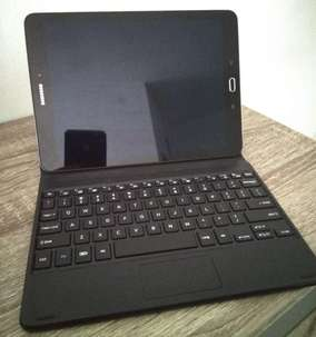 Tablet S 10 Complete with Bluetooth Keyboard included