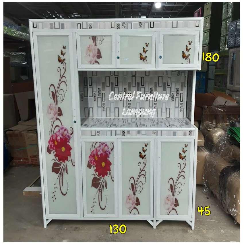 Rak Piring 4 Pintu Alumunium Putih Kaca Motif Kembang Perlengkapan Rumah 813868566