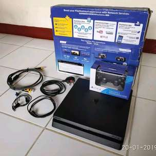 Ps4 slim barang gress versi5.05 hdd 500gb isi puluhan game segel void