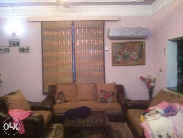 Ewan Town 10 Marla Uper Portion for rent neat condition