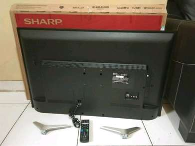 smart Tv 40 inch merk Sharp Aquos model LC 40SA5500I