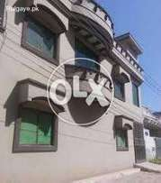 Johar town 7.5 marla upper portion in a gorgious location  for rent