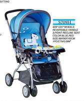 Baby stroller with music try