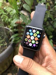 iwatch series 3 42mm , Mulus , Kelengkapan Kabel cas