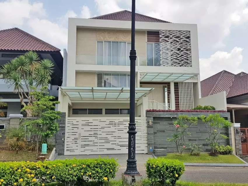 Rumah Mewah 2 Lantai Furnish Kolam Renang Di Boulevard Istana Dieng Dijual Rumah Apartemen 763089200