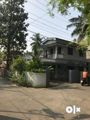 Independent 3bhk Home With 2 Bathrooms For Rent In Champra Kochi