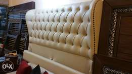 Bed with 2 side tables fuly padding