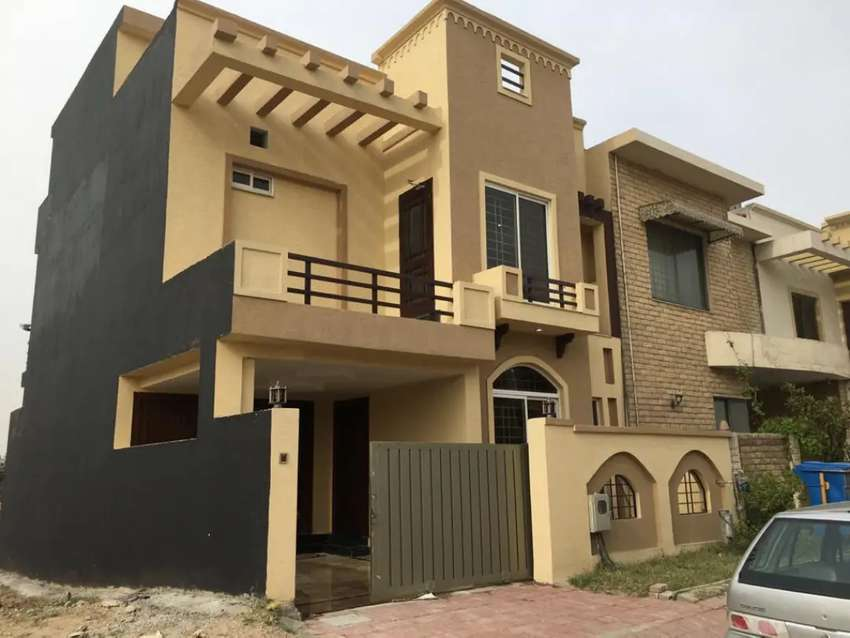 5 Marla Brand new House for Sale in Bahria Town Rawalpindi Phase8 - Houses  - 1030277445