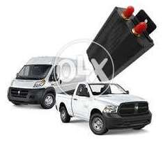 Car tracking system with 24/7 company monitoring
