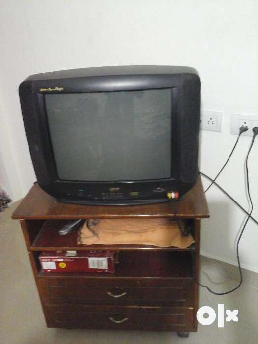 Lg make 2001 model golden eye tv working in good - Tiruchirappalli ...
